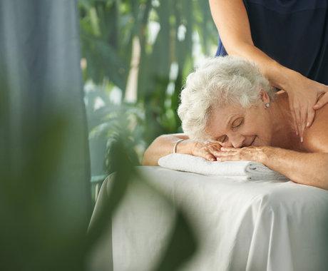 半年充值12万,美容院收割老年人