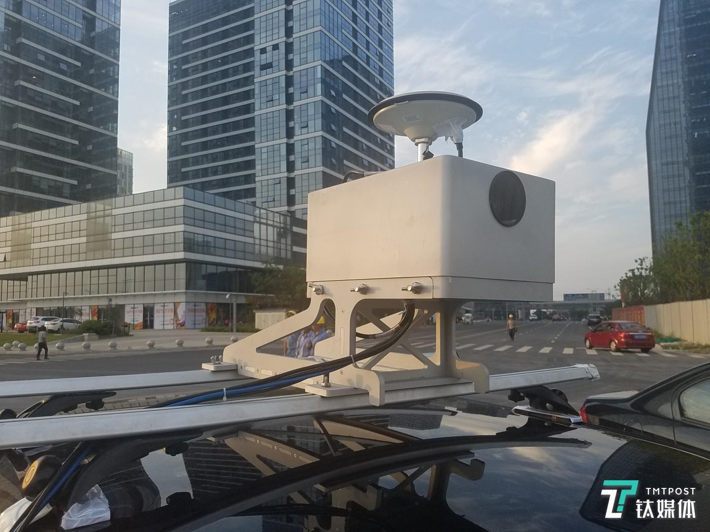 宽凳科技的摄像头+GPS数据采集器
