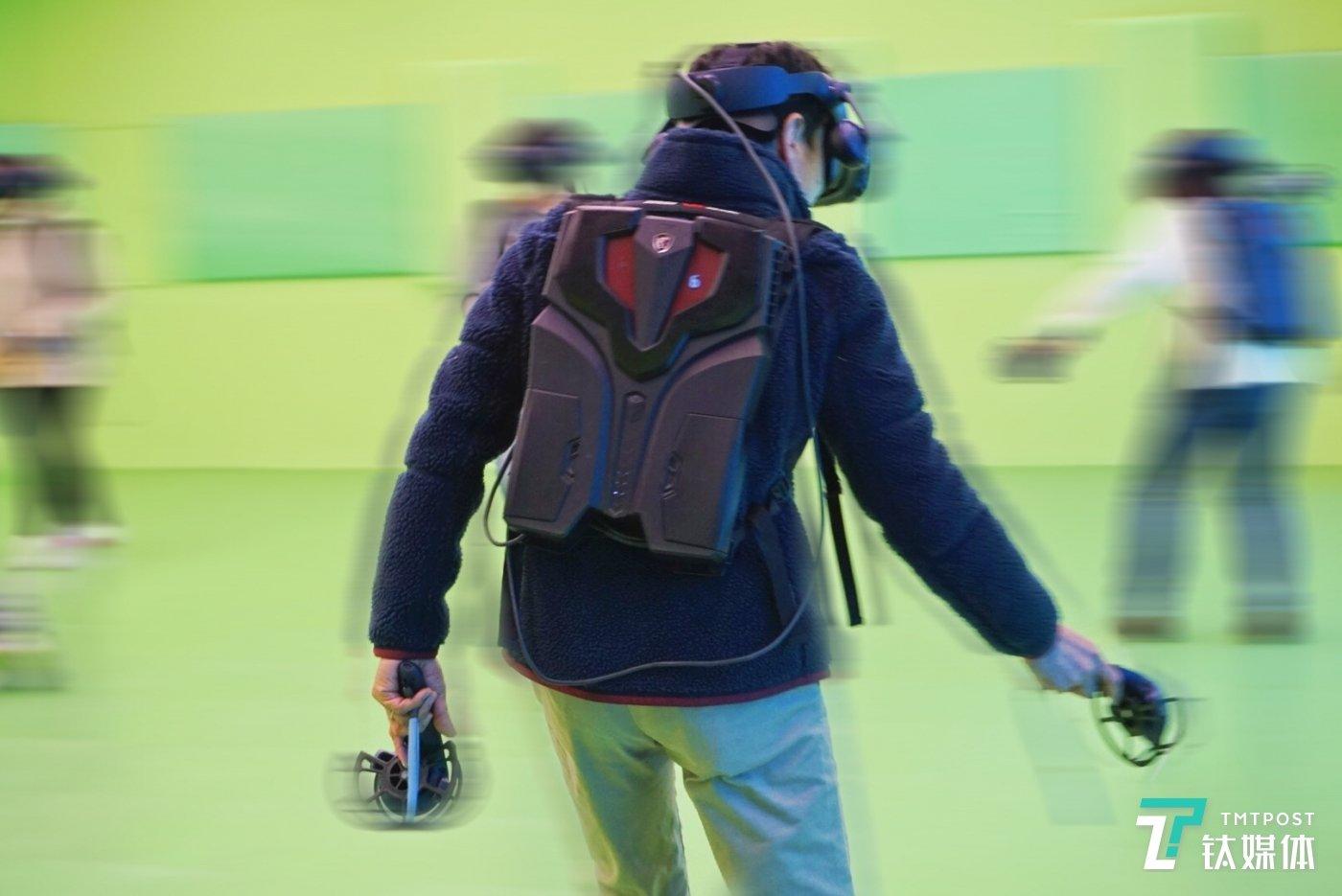 VR游戏中的玩家