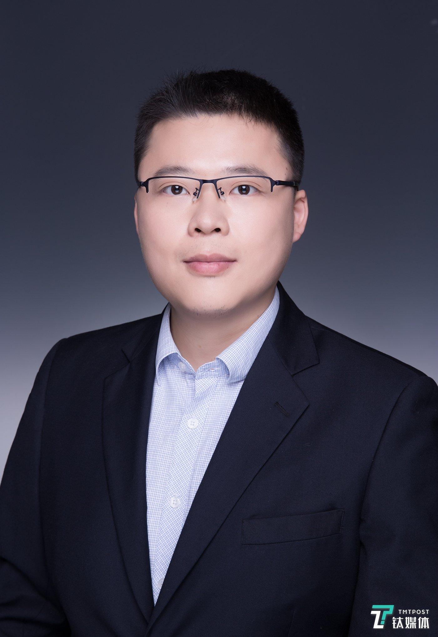 彬复投资副总裁-刘誌觅