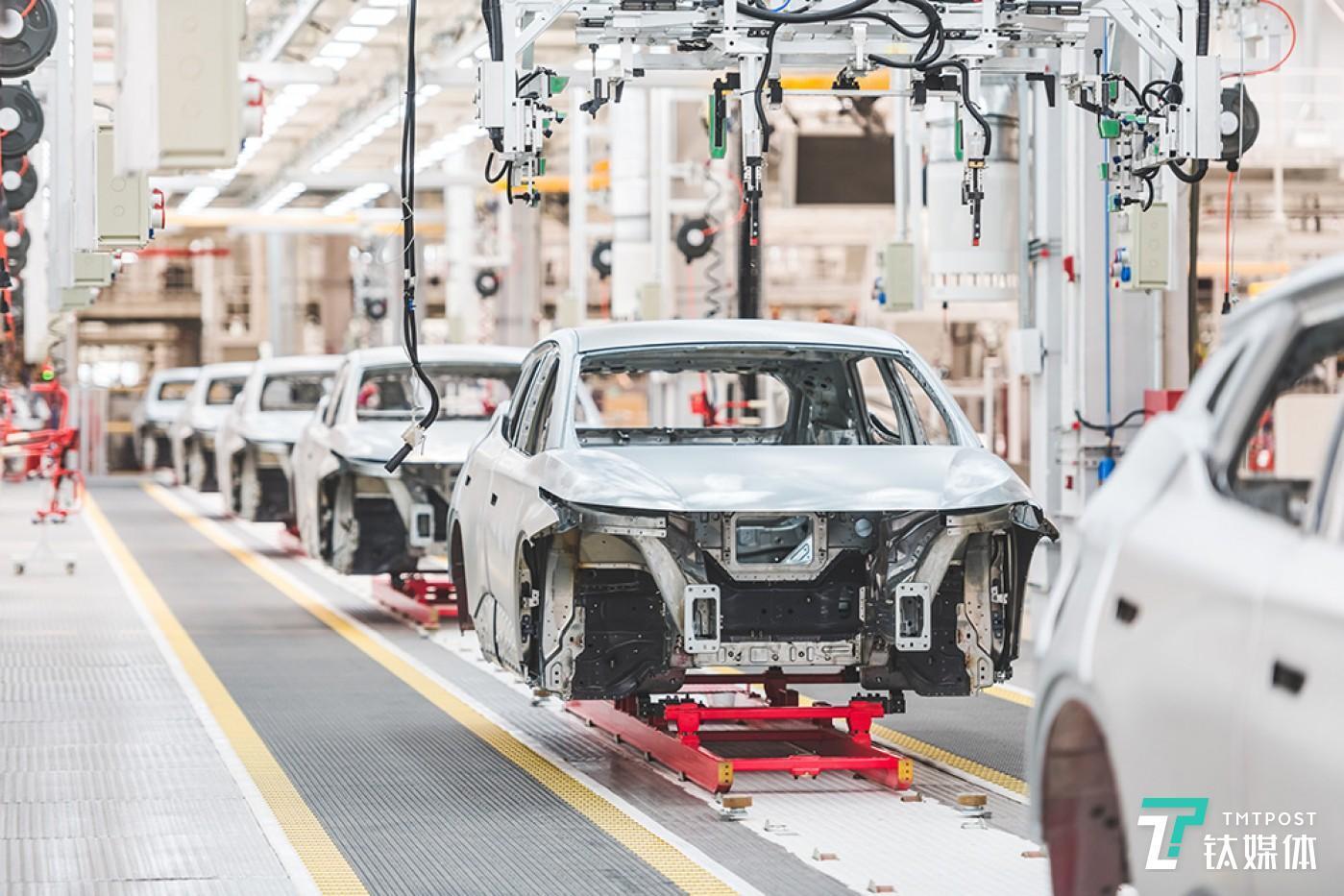 南京工厂已经生产了100多辆测试车