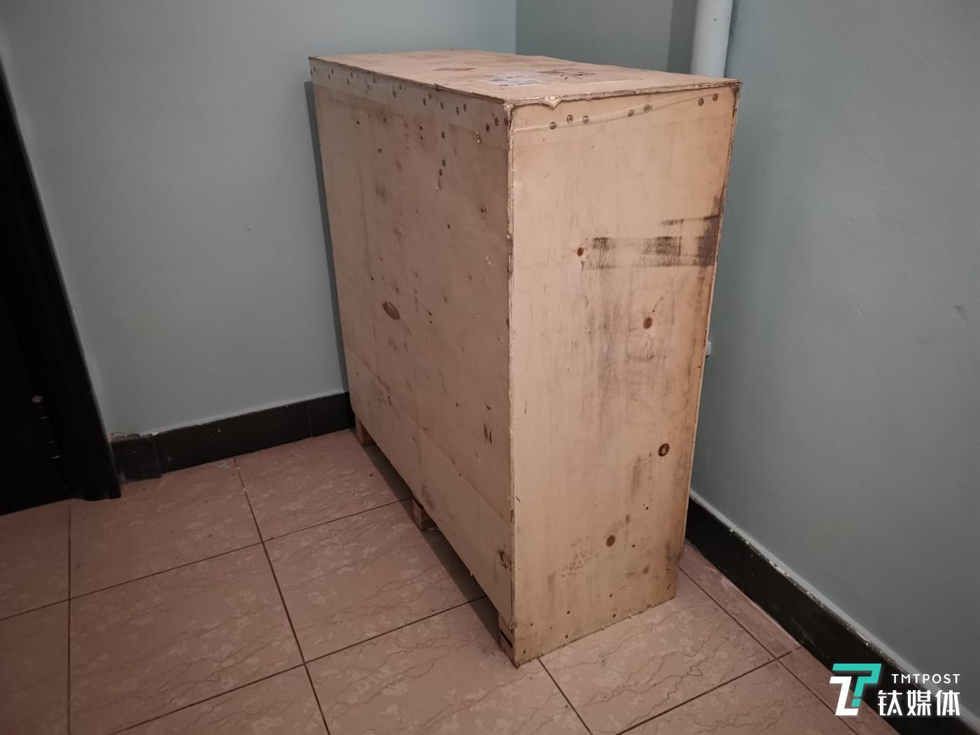 薄木板打造的包装箱体
