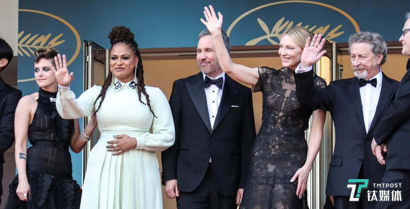 2018年的戛纳影展上,Netflix 和传统电影工业的战火仍在持续