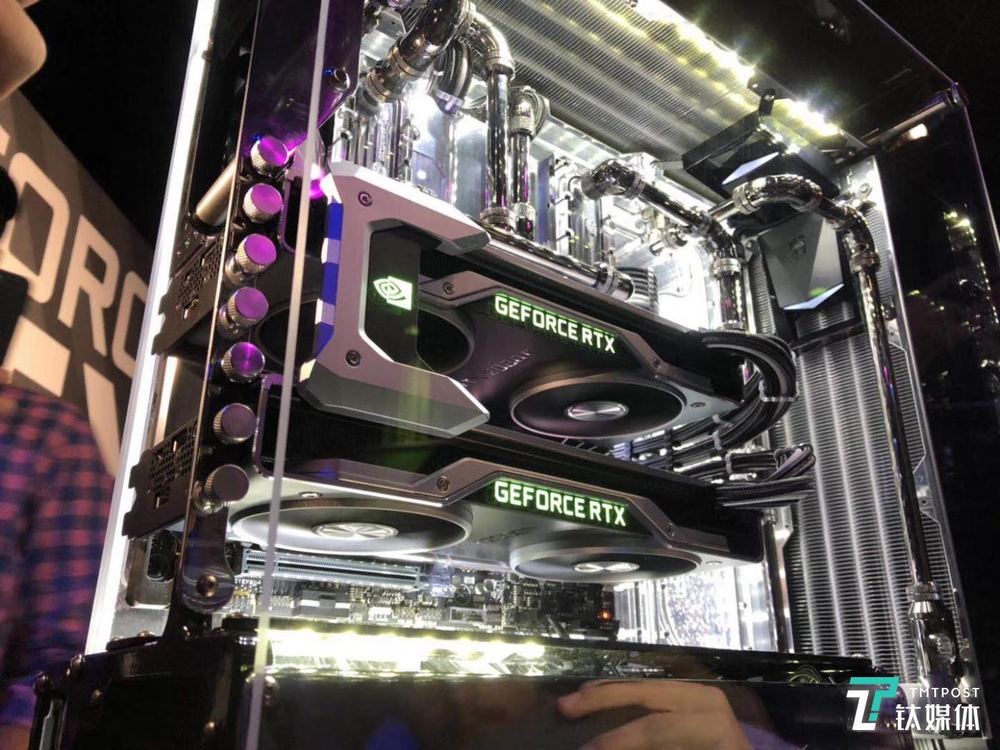 两块SLI的RTX 2080 Ti显卡