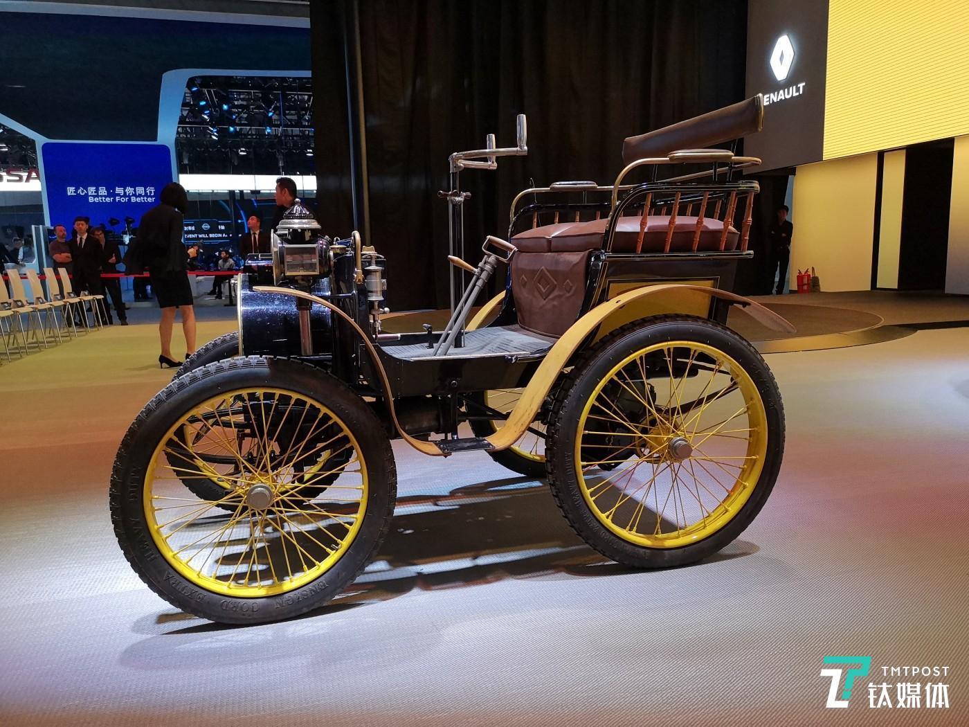 120年前雷诺发明的第一辆汽车Type A