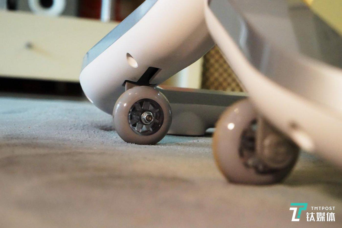 Keep智能动感单车C1的脚轮设计