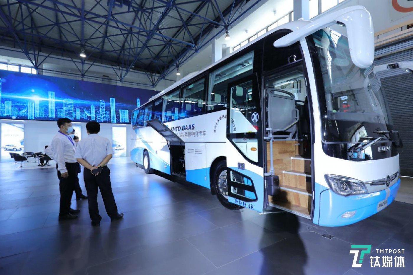 欧辉氢燃料电池客车