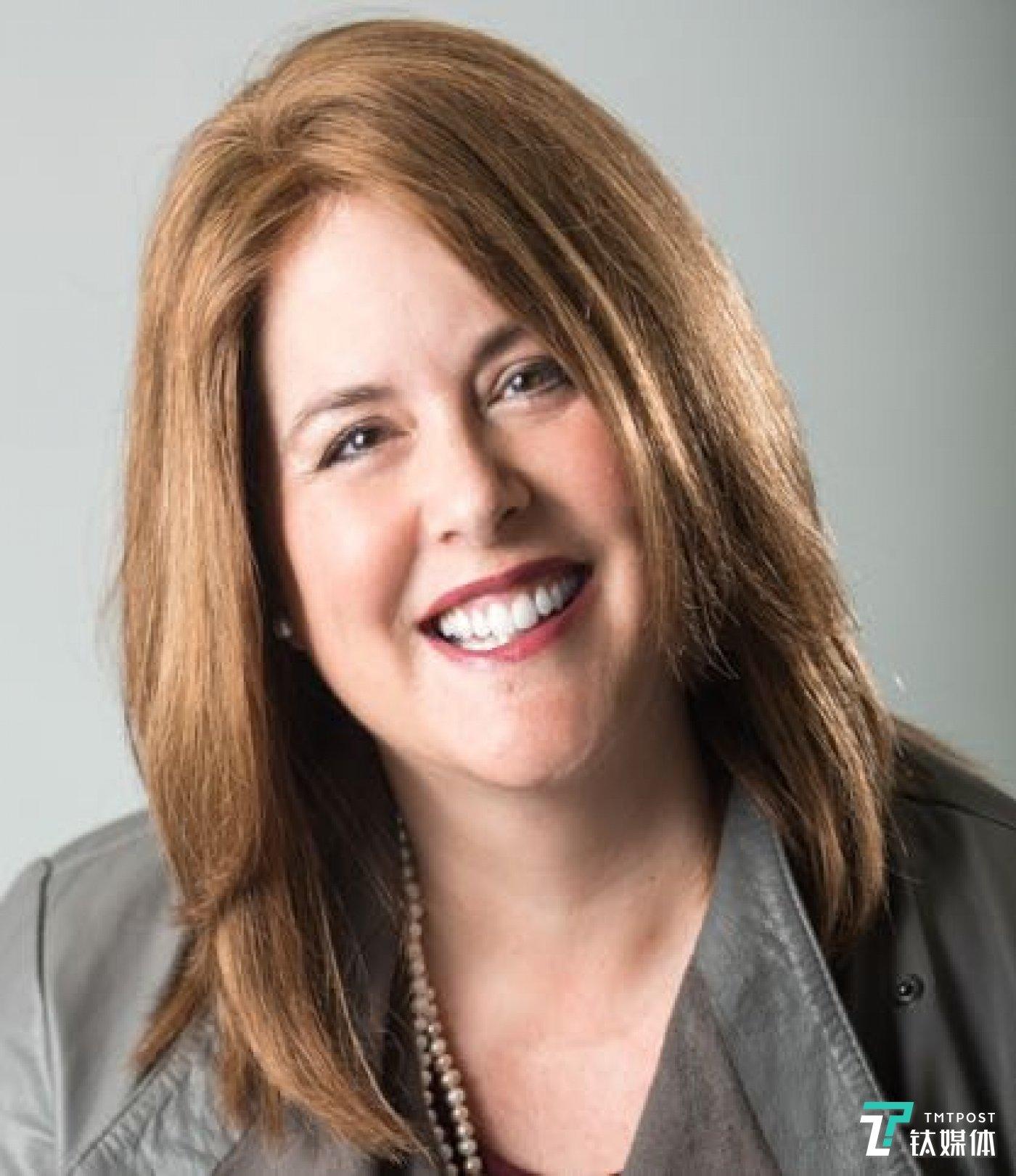 英特尔数据平台事业部傲腾持久内存营业负责人Kristie Mann
