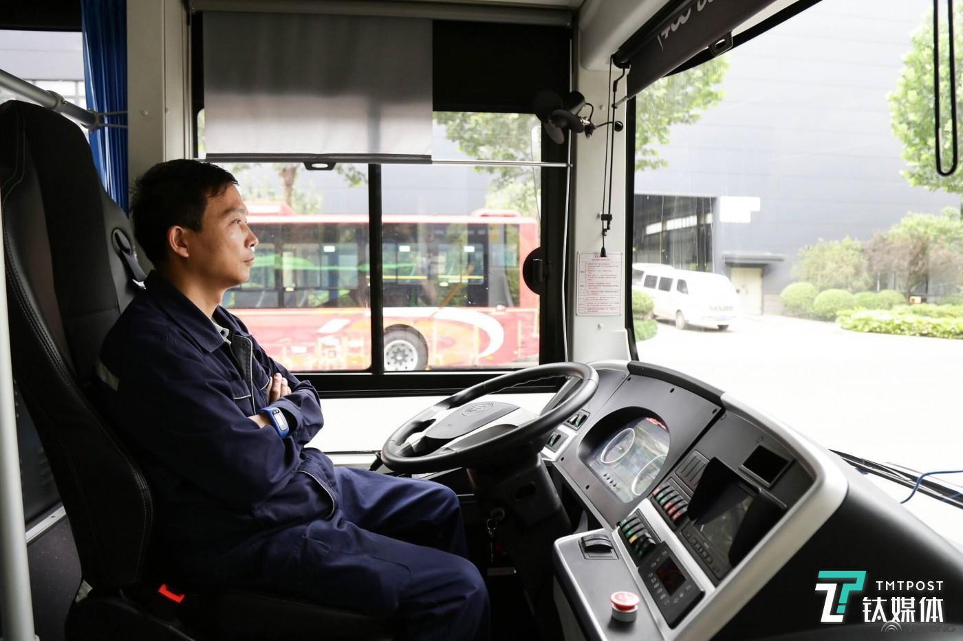 L4级别自动驾驶现场连线