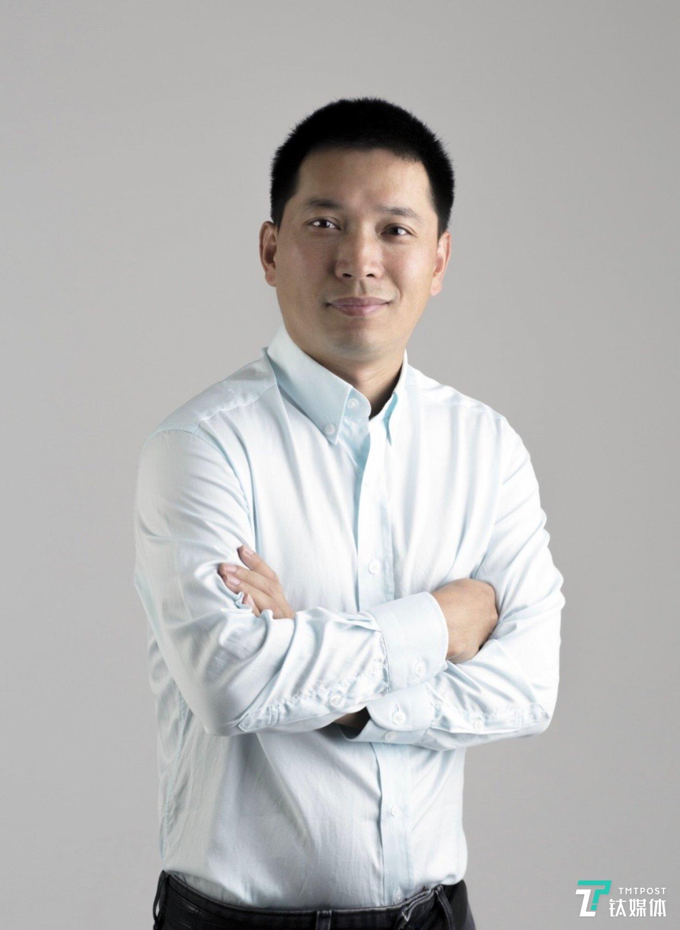 张利东于2013年加入字节跳动,担任字节跳动合伙人、高级副总裁,全面负责商业化相关业务。