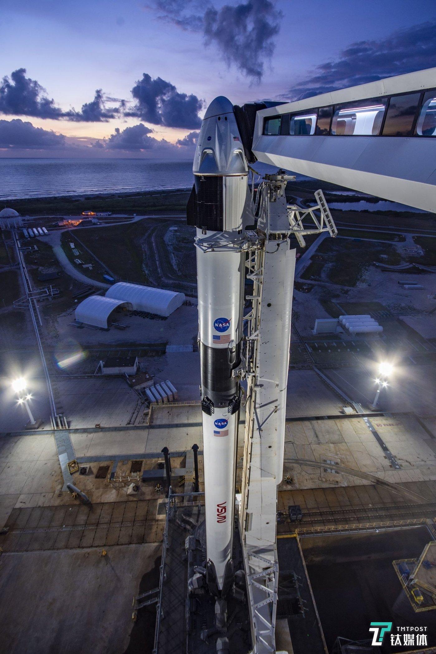 载人龙飞船发射前最后一次重大测试(图片来源:SpaceX)