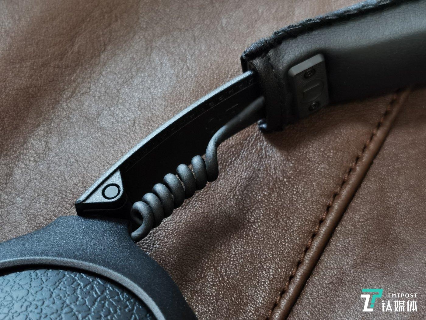 耳机螺旋连线